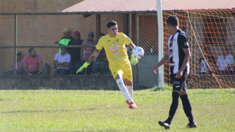 Bernardo Gradilla en acción con Diriangén FC