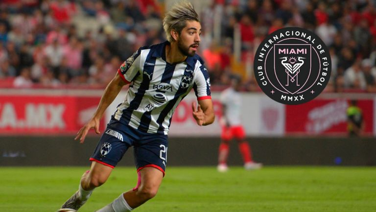 Rodolfo Pizarro durante un partido de Monterrey
