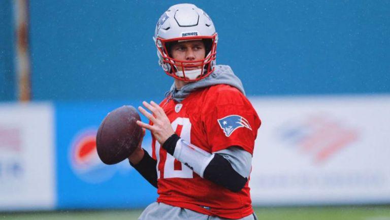 Tom Brady en un entrenamiento con New England Patriots