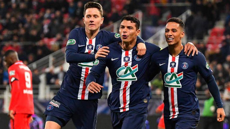 Herrera, Silva y Kehrer celebran uno de los goles
