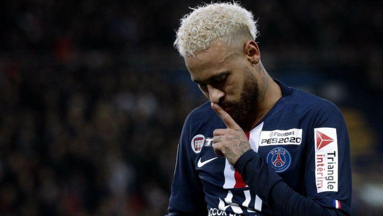 Neymar jugando con PSG