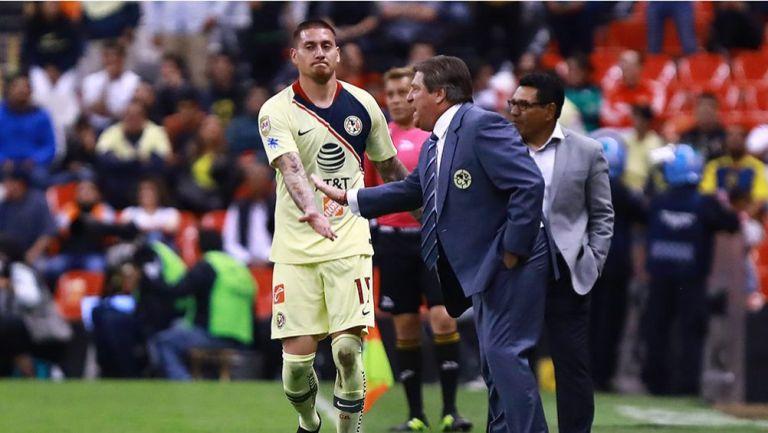 Nico y Miguel Herrera, durante un partido