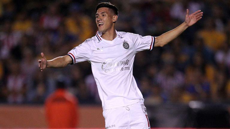 Uriel Antuna en el Chivas contra Tigres
