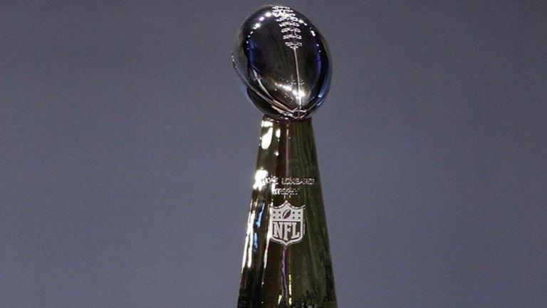 Trofeo Vince Lombardi, otorgado al Campeón de la NFL