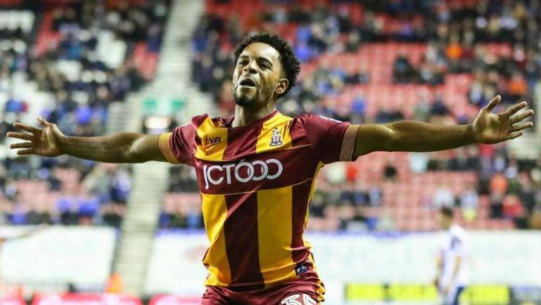 Tyrell Robinson como jugador del Bradford