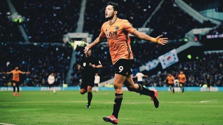 Raúl Jiménez culmina la remontada de los Wolves frente al Tottenham