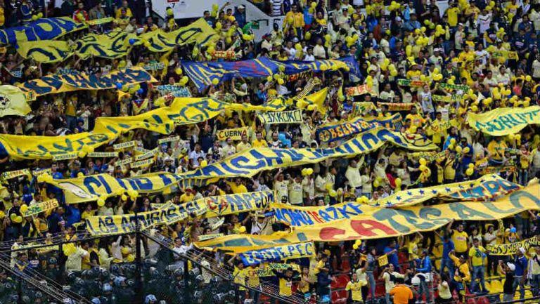 Porra del América en el Estadio Azteca