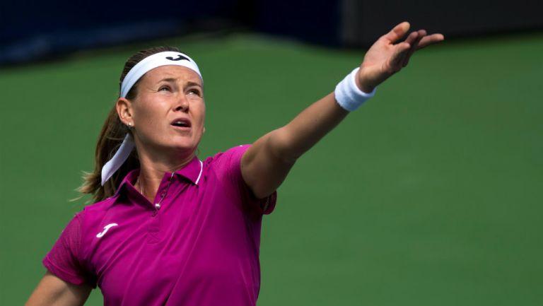 Bouzková en Abierto de Tenis