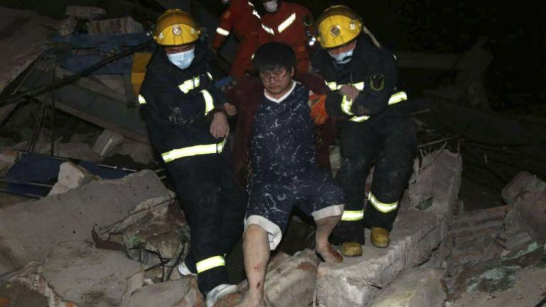 Momentos del rescate en el hotel derrumbado