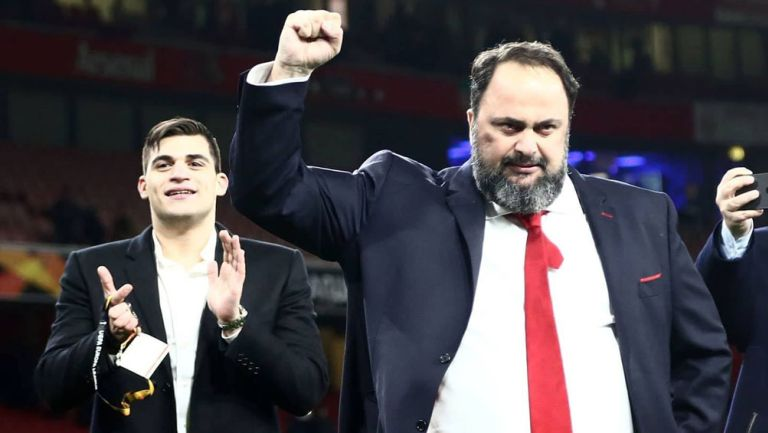 Vanguelis Marinakis tras una victoria del Olympiacos