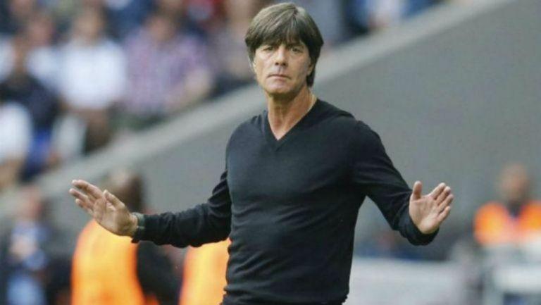 Joachim Löw durante un duelo de la selección de Alemania