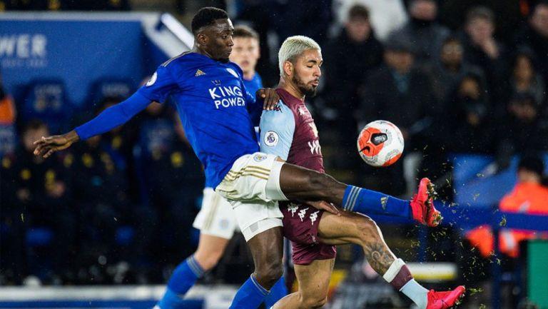 Acción en el juego entre Leicester City frente a Aston Villa