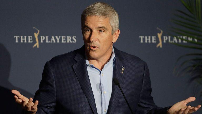 Jay Monahan durante un evento de PGA