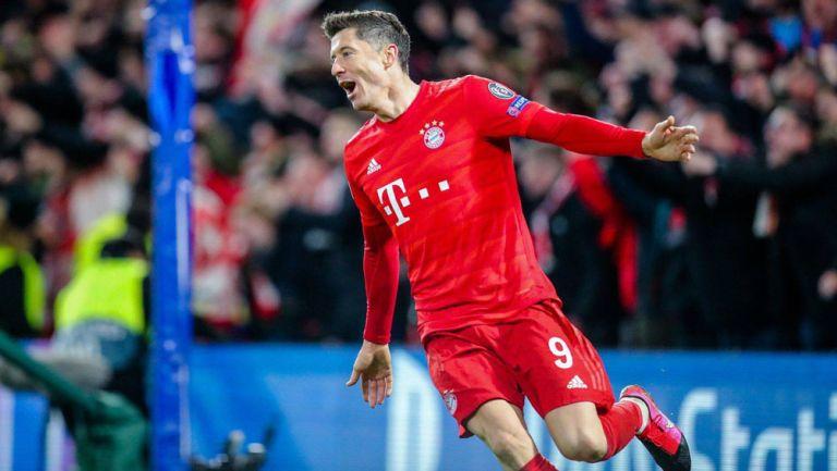 Robert Lewandowski festeja gol con Bayern Munich