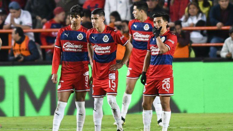 Chivas: Con tres jugadores cumplieron la regla 20/11