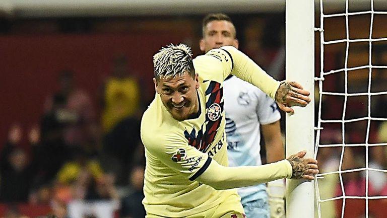 Castillo, tras anotar un gol con América