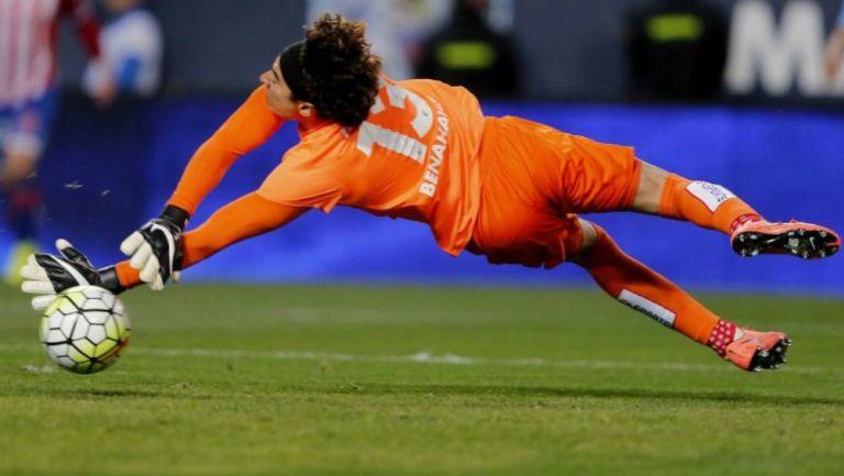 Memo Ochoa jugando en España