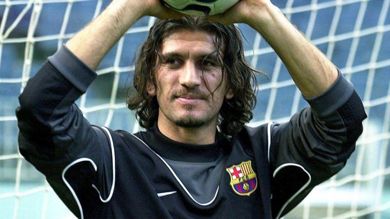 Rustu Recber jugando con el Barcelona