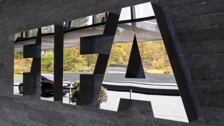 FIFA dará ayudas económicas al futbol mundial ante crisis del coronavirus