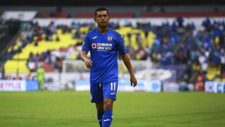 Elías Hernández, en un partido de Cruz Azul
