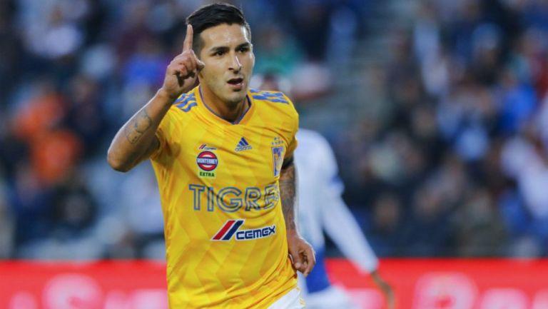 Ismael Sosa como jugador de Tigres