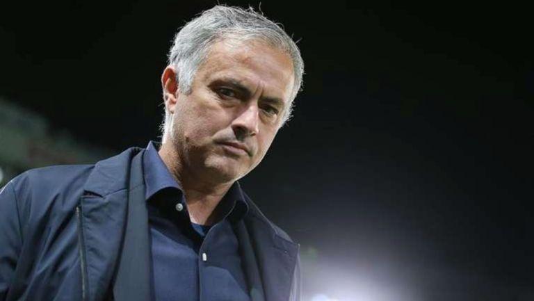 José Mourinho en un partido del Tottenham