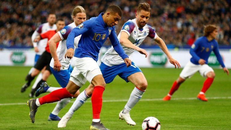 Francia enfrenta a Islandia en eliminatoria de Eurocopa