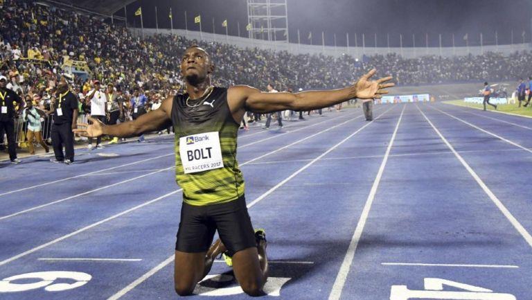 Usain Bolt tras competir en una carrera