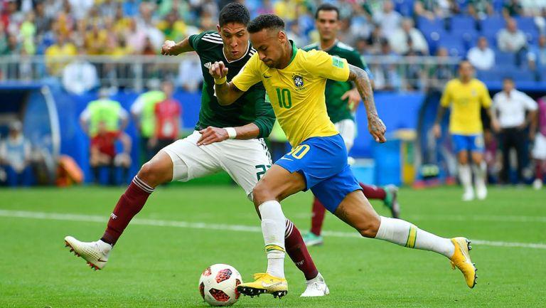 Edson Álvarez reconoció que Neymar es el rival más difícil que ha enfrentado