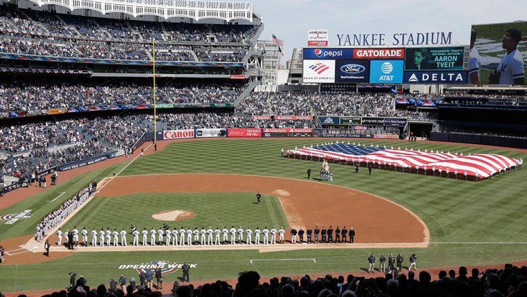 Yankee Stadium repleto, en el último Opening Day
