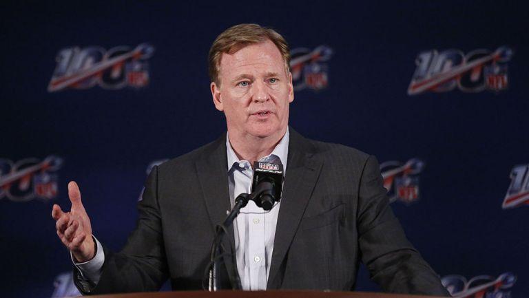 Roger Goodell durante una conferencia de la NFL