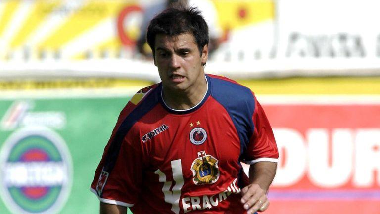 Grillo Biscayzacú en partido con Veracruz