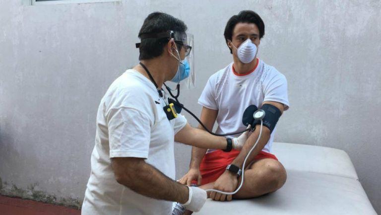 Chivas le realizó las pruebas del coronavirus a sus futbolistas