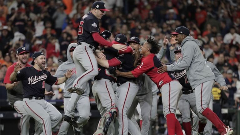 Los Washington Nationals tras ganar la Serie Mundial