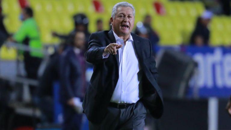 Vucetich en partido con Querétaro