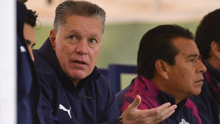 Chivas: Peláez pidió solidaridad financiera entre jugadores y directiva