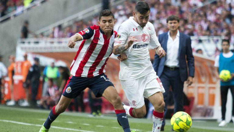 La ocasión en que Matías Almeyda mandó golpear a Rubens Sambueza