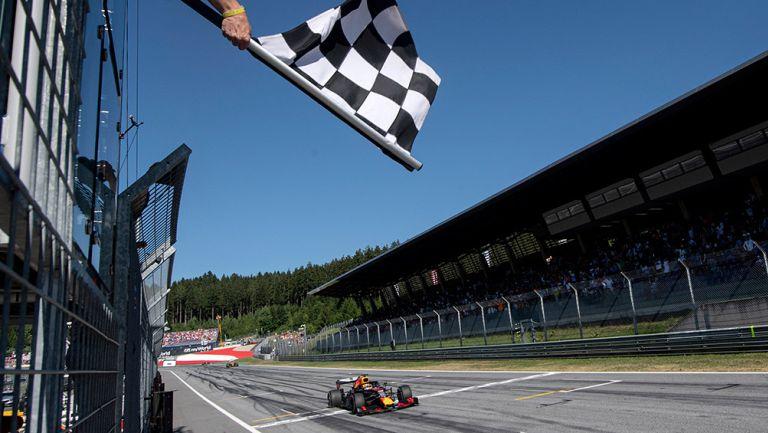 Bandera de cuadros en el GP de Austria