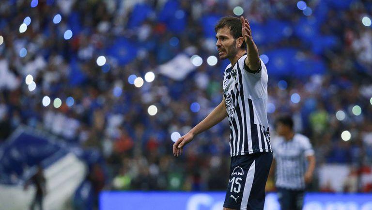 José María Basanta en un partido con Rayados