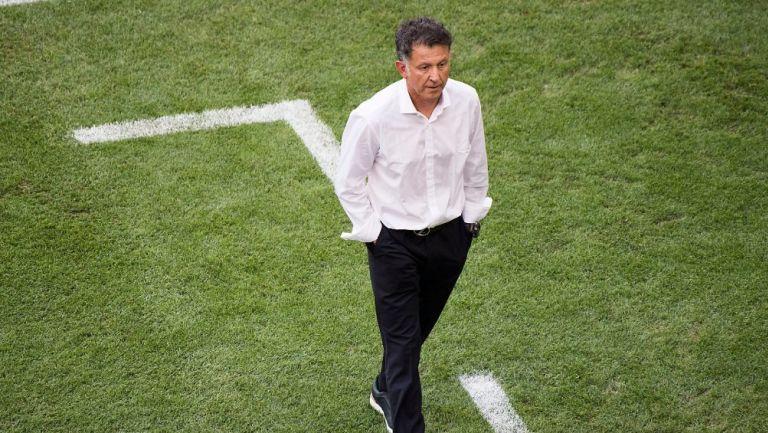 Juan Carlos Osorio durante un partido con México