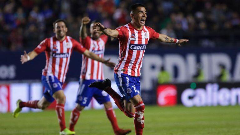 Luis Reyes en festejo de gol