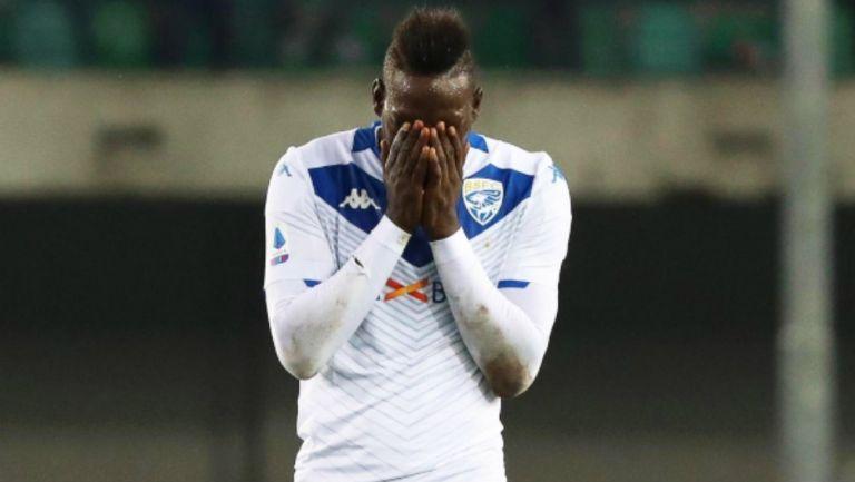 Escándalo en Italia con Balotelli: Brescia piensa despedirlo