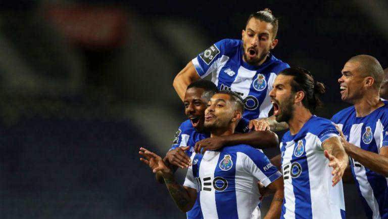 Porto: Tecatito Corona guió a los Dragones al triunfo con un golazo