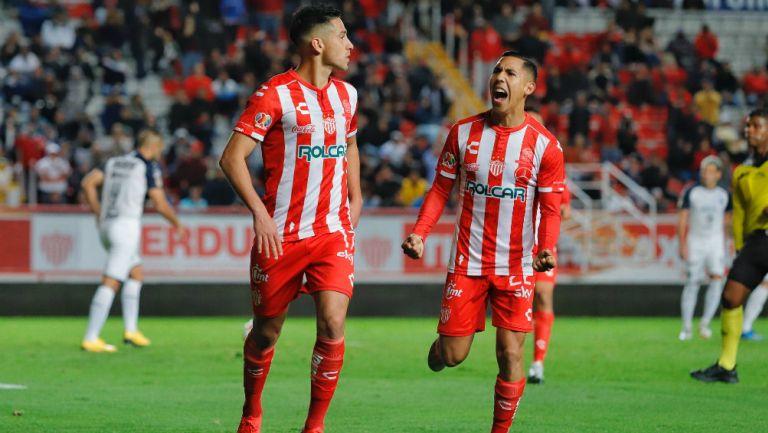 Juan Delgado en festejo de gol