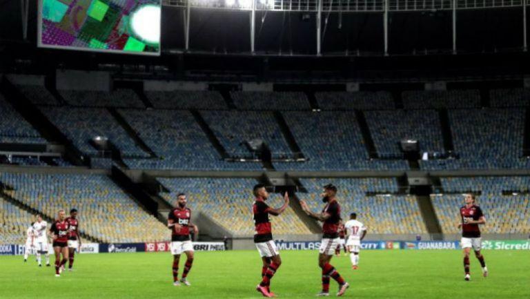 Jugadores del Flamengo en festejo en Maracaná