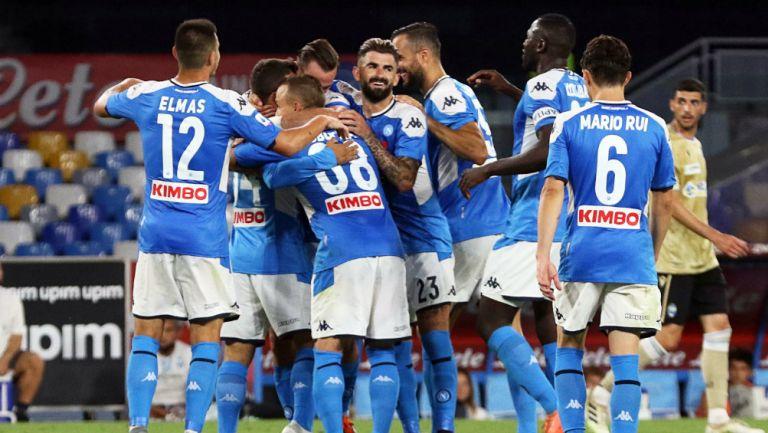 Napoli en festejo de gol