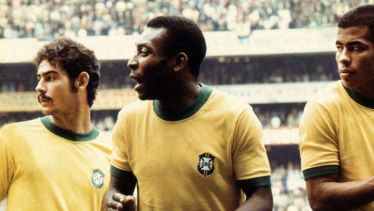 Roger Milla: 'El único récord imbatible son los tres Mundiales de Pelé'