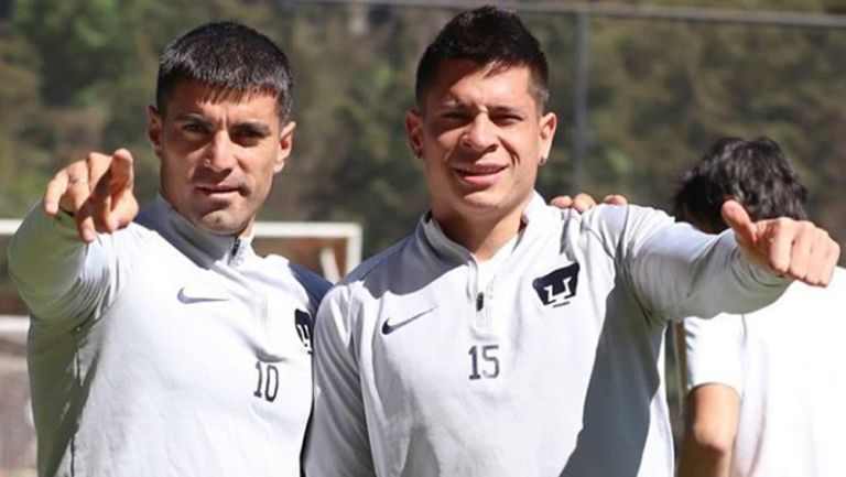 Malcorra e Iturbe en un entrenamiento de Pumas