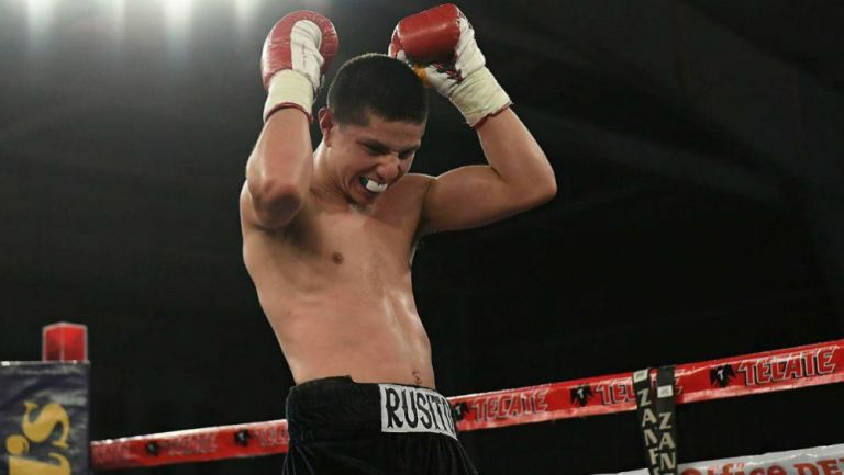 Alejandro González, boxeador mexicano