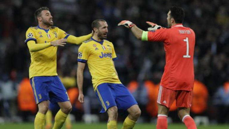 Juventus: Buffon y Chiellini renovaron un año más con la Vecchia Signora